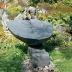 Le gran receptacle, 2004, granit d'Afrique, 100 x 140 x 157 cm