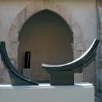 Le grand dialogue, 2008, granit d'Inde, 97 x 200 x 25 cm