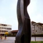 Sans titre, 1976, granit de Fionnay, 300 x 90 x 90 cm