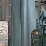 Les amants 5, granit d'Afrique, 280 x 145 x 70 cm