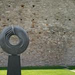 Eternité 1, 2008, bronze, 256 x 156 x 45 cm