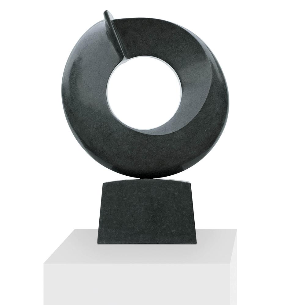 Le penseur, Granit d'Inde, 2015, 63 x 47 x 10 cm